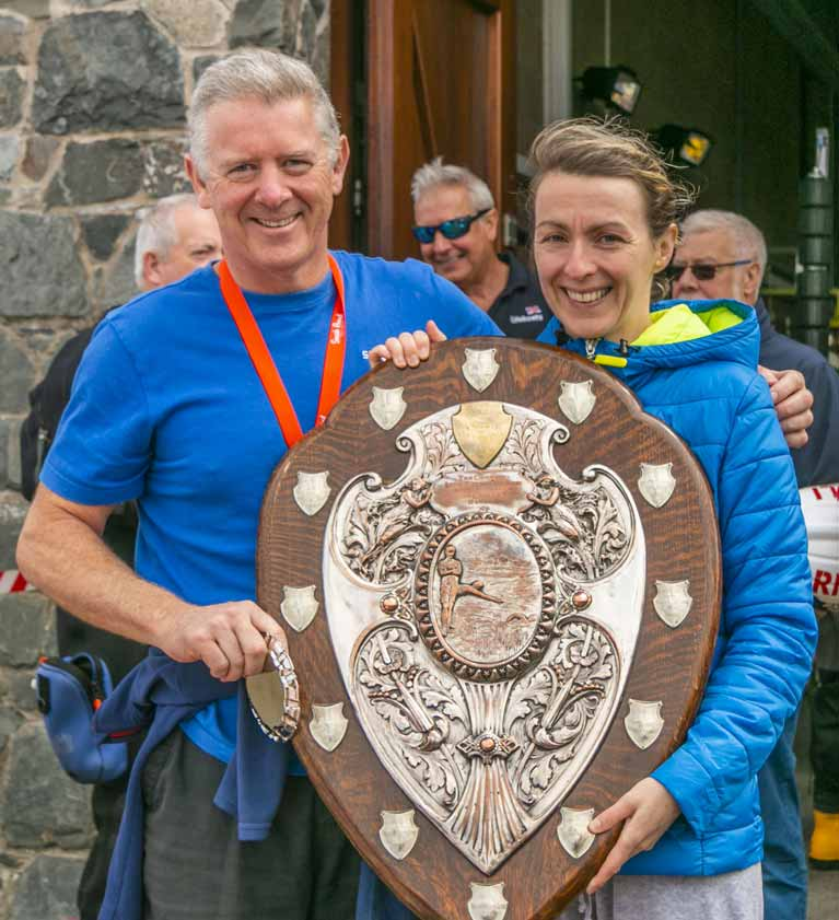 Picke to Pier swim winners 2019 Julie MCabe and Gary Robinsonjpg