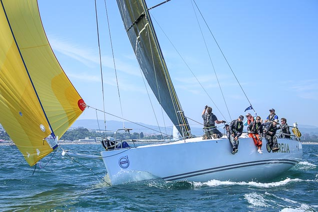 Round Ireland race start Aurelia 3656