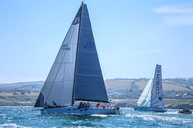 Round Ireland race start phosphorous 3781