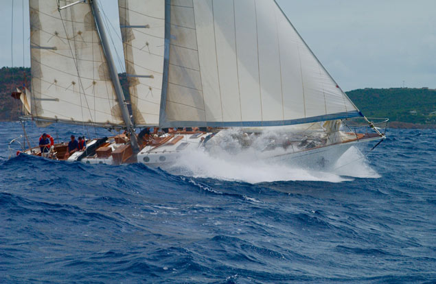 Spirit Antigua Bow wave