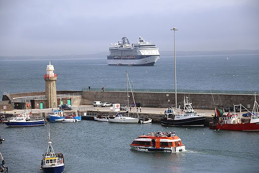 dunmore_east_visitor4a.jpg