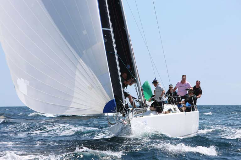 Mojito flying her Superkote A2 Asymmetric spi 3Di Mainsail