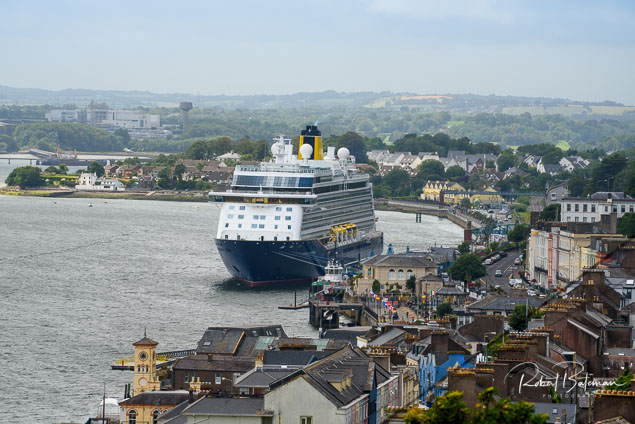 Spirit of Discovery Cobh1