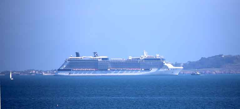 Celebrity eclipse reversing