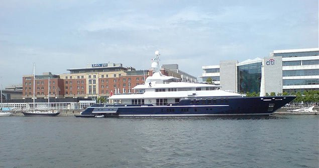 Super yacht Dublin city