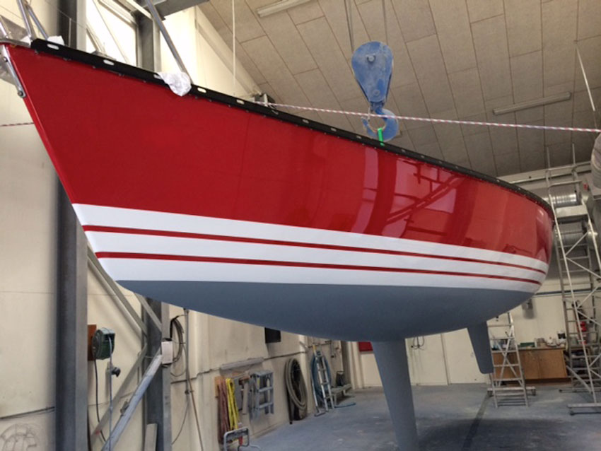 X Yachts X 79 hull painted