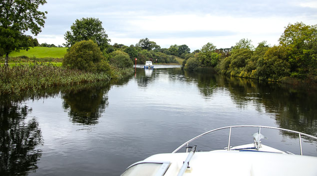 boats river shannon 2654