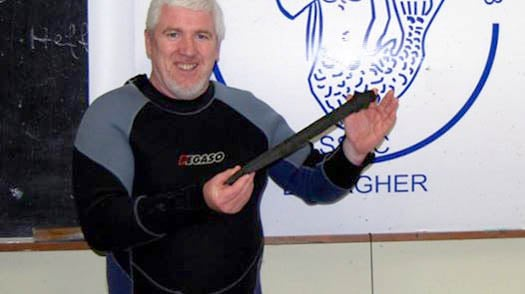 Diver finds Bronze Age sword in River Shannon