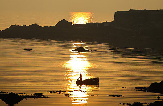 sunrise_dublinbay_fisherman