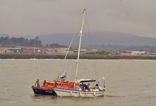 Wicklow RNLI assist three on yacht