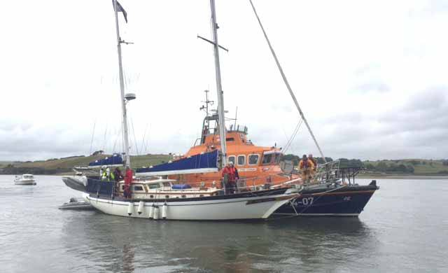 The yacht was on passage from Cobh to Baltimore when the call out for assistance was raised with Valentia Radio Coastguard after her prop was fouled