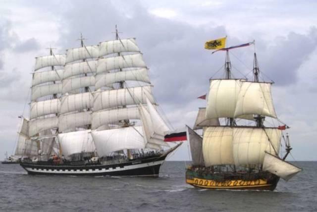 Dublin Port Riverfest Tall Ships to be Nautical Highlight of Crowded Bank Holiday Weekend