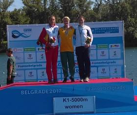 Jenny Egan (bronze) with Alyssa Bull (gold) and Laia Pelachs (silver) on the Belgrade Podium.