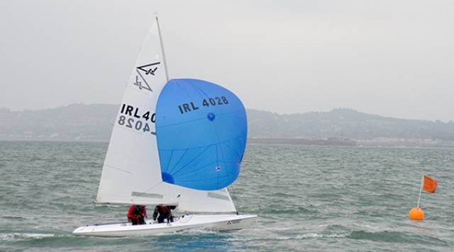 4028 (Dave Mulvin & Ronan Beirne) made out early to Island mark and took the lead in the first DBSC Thursday Race of 2016