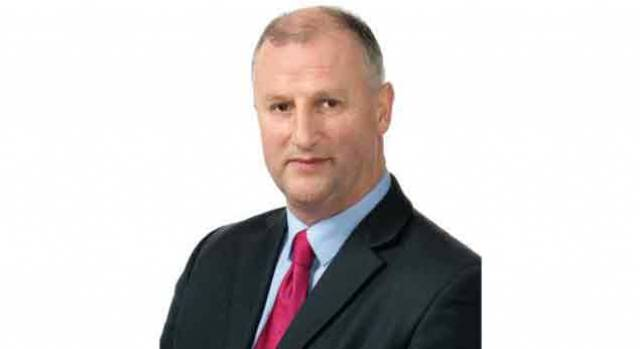Victor Boyhan – the Independent Senator has called on Minister for Transport Shane Ross, who has overall government responsibly for national ports policy to make a decision on the future governance of Dun Laoghaire harbour.