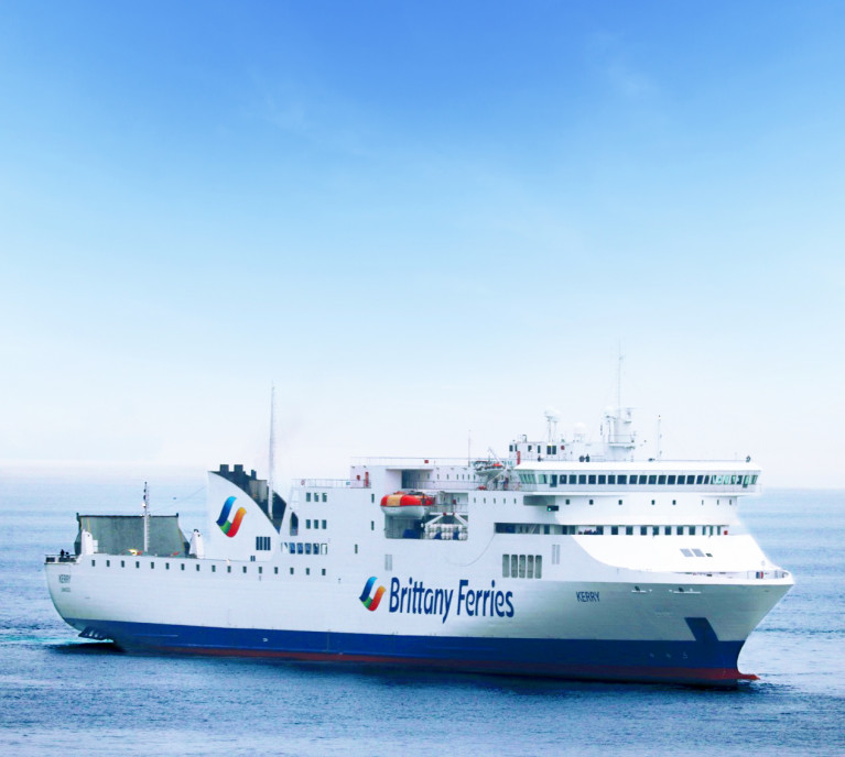 Kerry the ropax which currently serves on the Ireland-Spain route Cork-Santander is to cease as announced by French operator Brittany Ferries however a new service starting next month will be maintained between the countries but running between Rosslare Europort and Bilbao