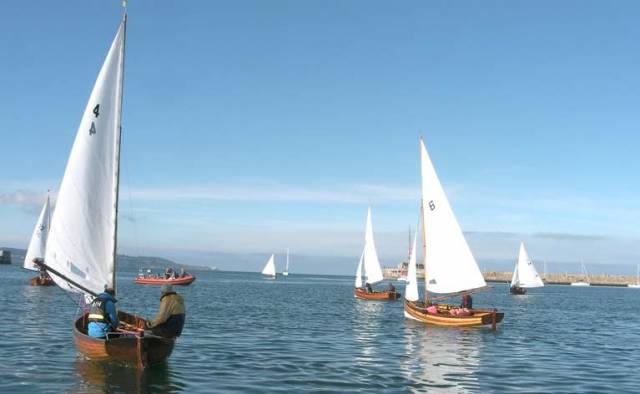 28 Water Wags turned up for the race for the J.B. Stephens tankard in Dun Laoghaire Harbour. A 6-knot wind was blowing from the northeast, and the last hour of the flood tide was flowing into the harbour.