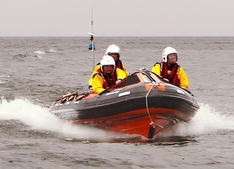 Lough Neagh Rescue Aid One person & Dog in Bayliner Speedboat