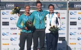 Alyssa Bull (silver), Alyce Burnett (gold) and Jenny Egan (bronze) at Duisburg