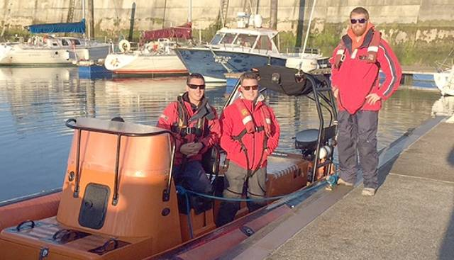 Cian O'Driscoll, James Landers and Giles Kelliher set out from Fenit on the 700–mile circumnavigation