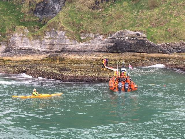 Red Bay RNLI this afternoon were called out to three canoeists stranded on rocks at Ballycastle