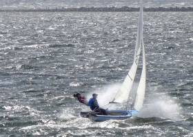 IDRA 14 Pair Henry & Revill Make It 'Three in a Row'