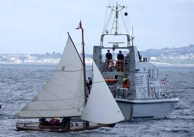 Howth 17s participated in Royal Ulster Yacht Club's 150th anniversary sail past at the weekend