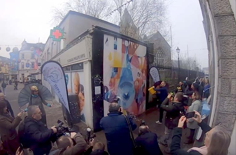 The mural was unveiled in Galway city centre by TG weather presenter Caitlín Nic Aoidh