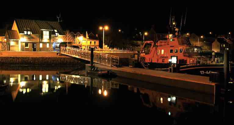 Castletownbere RNLI Launch to Yacht That Broke Mooring