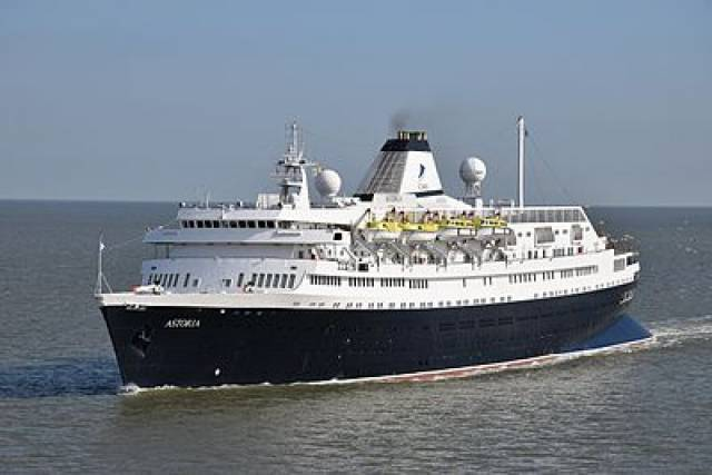 MV Astoria is the first 2018 Cruise Ship arrival into Port of Cork today