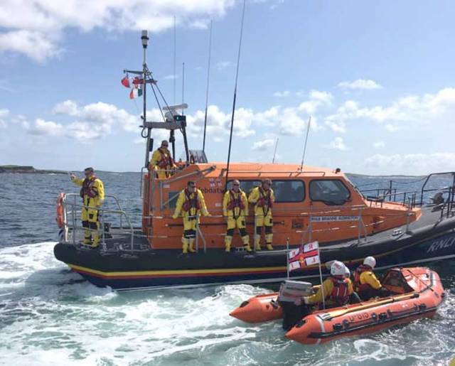The new RNLI Shannon Class arrives in Clifden