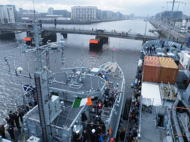 HMS Ramsey (on left) alongside German auxiliary FGN Donau that visited Dublin Port as part of a six-strong NATO flotilla.