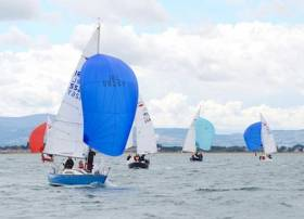 Colin Kavanagh's Blue Velvet leads at the Puppeteer National Championships off Howth
