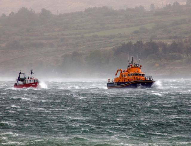 Castletownbere RNLI Assist Fishing Vessel During Storm Hannah