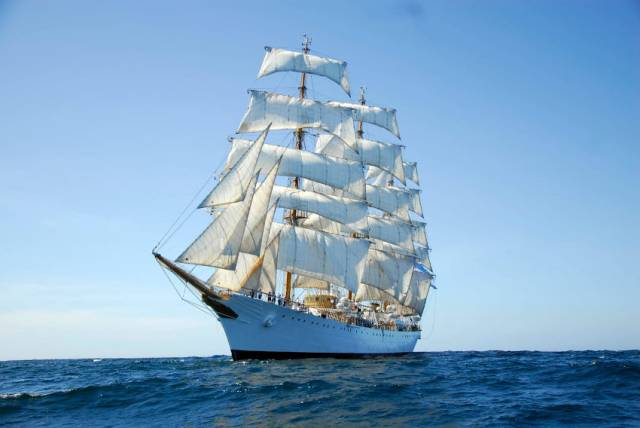 Tall Ship 'Libertad' Arrives In Dublin Port Tomorrow For Five-Day Visit