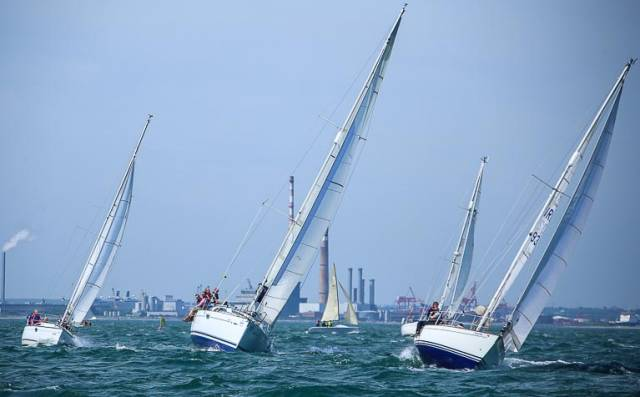 White Sail Cruisers competing on Dublin Bay