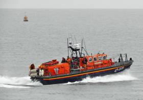 Wicklow Lifeboat Assists Whelk Trawler In Morning Callout