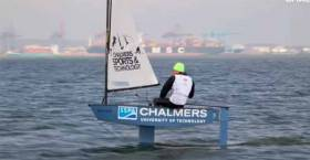 Foiling Optimist dinghy takes to the air in Sweden