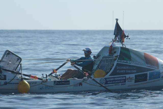 Solo Rower Hennigan Holds Off Three-Man Crew