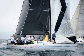 Nigel Biggs' Checkmate XVIII, the UK entry came to the assistance of a Finnish rival in Kinsale as the call went out for a spare mast