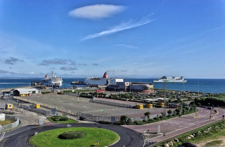 Set for a €30m investment, and transformation is Rosslare Europort as a new Port Masterplan, for which planning permission is about to be sought. ABOVE AFLOAT adds is the south-east port's current compound layout with ferry terminal dating to 1989. Also identified are ships (left to right): Fred. Olsen Cruise Lines Braemar, Stena Line's Fishguard route superferry Stena Europe (currently at H&W, Belfast) and Irish Ferries cruiseferry Isle of Inishmore underway bound for Pembroke, south Wales.