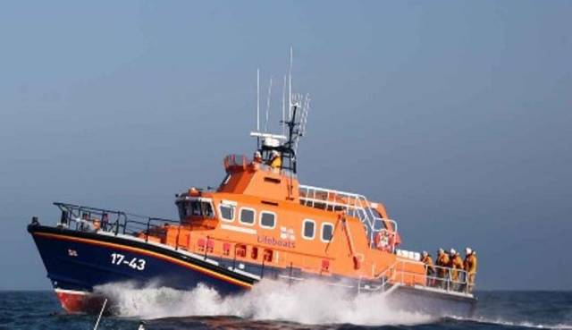 Rosslare Harbour RNLI went to the aid of a motorsailor aground on the Blackwater Bank