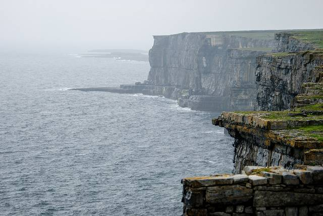 Tenders for an Aran Islands service are sought from Department for Gaaltacht Affairs