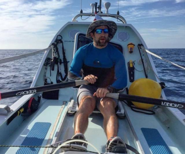 Solo Rower Hennigan Showing the Way in Atlantic Race