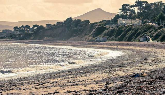 Killiney Beach was re-opened to swimmers on Monday following a bathing ban for high levels of E.coli detected before the weekend