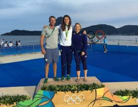Annalise Murphy pictured with her coaches Rory Fitzpatrick and Sara Winthers who she credits with so much of her success