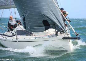 Mast damage - Colin Byrne's XP33 is out of this weekend's ICRA National Championships on Dublin Bay