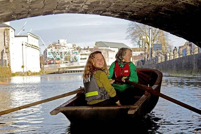 Corkumnavigate Cork city's 29 bridges and eight weirs with this latest pocket guide