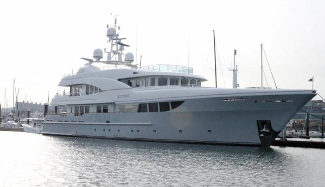 The impressive 150–foot Latitude motoryacht arrived into Dun Laoghaire marina via the northwest passage, Greenland and Iceland in 2015. It is so far the largest super yacht to berth at the town marina. Far bigger craft are looking to berth at Dun Laoghaire and represent a new market for the vacant harbour