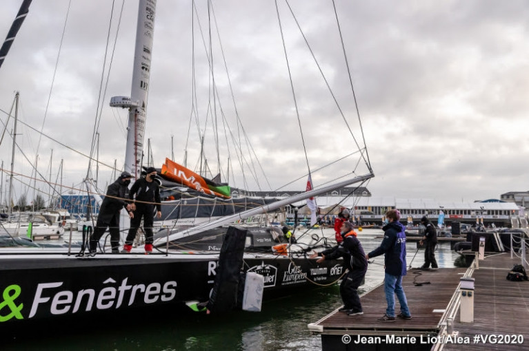 Damage at the top of his mast added more frustration for Fabrice Amedeo who is expected to return to the race course tomorrow morning after making a U-turn